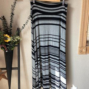 2 for $15 A. Byer Grey and Black Maxi Skirt Sz L